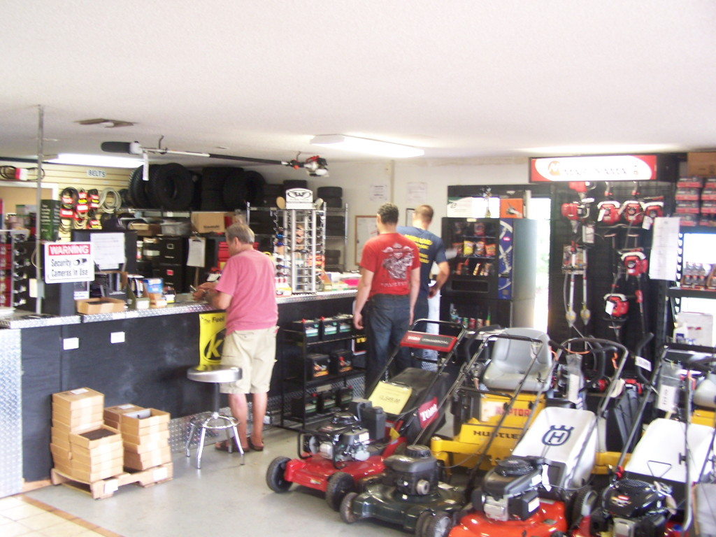 mower shop 063